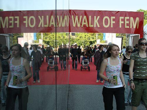 Foto: walk of fem - https://www.linz.at/images/Walk_of_Fem_middle.jpg